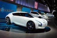 電動スポーツカーのコンセプトモデル「ESFLOW」。