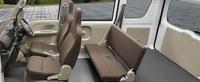 「エブリイPC」の5段AGS車の車内。