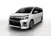 「トヨタ・ヴォクシー コンセプト」(エアロ仕様・ガソリン車)
