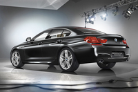 BMWの創立100周年を記念する「6シリーズ グランクーペ」限定発売の画像