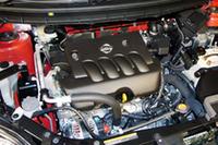 「MR20DE」エンジン。先ごろ、2008年秋に新型クリーンディーゼルモデルが国内で追加投入されることもアナウンスされた。