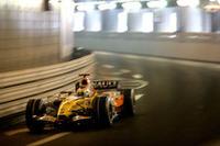 ようやく調子を取り戻してきた感のあるルノー。昨年のチャンピオンチームは、ジャンカルロ・フィジケラ(写真)が4位でレースを終えた。ヘイキ・コバライネンは13位完走。(写真=Renault)