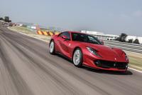 65度のV12エンジンは、「F12tdF」の6.3リッターから6.5リッターへと排気量を拡大。「スーパーファスト」に至る進化を詳細にリポートする。(photo:Ferrari)
