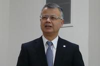 ブリヂストンの交通安全に関する取り組みについて説明する、ブリヂストン代表取締役CEOの西海和久氏。