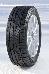 ブリヂストンのスタッドレスタイヤ「ブリザック」シリーズの新製品として、2017年7月に発表された「VRX2」。氷雪路でのグリップ性能に加え、高い摩耗ライフ性能や静粛性も追求されいてる。