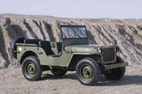 今日に至る「ジープ」の歴史は、1941年に登場した軍用車に端を発する。写真は1942年型「ウィリスMB」。