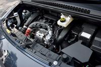 今回新たに搭載された、1.6リッター直4直噴ターボエンジン。最高出力165ps、最大トルク24.5kgmを発生する。