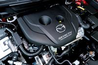 エンジンは1.5リッター直4ディーゼルターボのみ。105psと27.5kgmを発生させる。JC08モード燃費は21.0~25.0km/リッター。