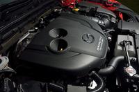 ターボで過給されるディーゼルエンジン。アイドリングストップ機構も備わる。