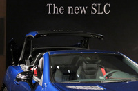 メルセデス、小型オープンカーの「SLC」を日本導入の画像