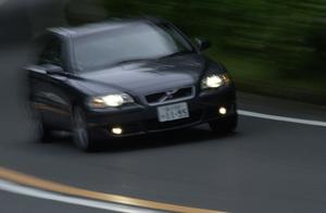 ボルボS60R(5AT)【試乗記】