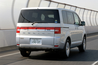 三菱デリカD:5 Gプレミアム(4WD/CVT)【ブリーフテスト】の画像