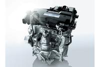 2リッター直列4気筒DOHCエンジンは、可変バルブタイミング機構により、低燃費と高出力を両立している。