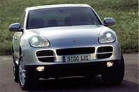 ポルシェ、V6搭載「カイエン」を発表、MTモデルも追加の画像