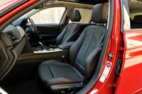 BMW 320dブルーパフォーマンス ツーリング スポーツ(FR/8AT)/320i xDrive ラグジュアリー(4WD/8AT)【短評】