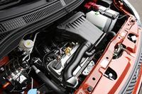 新開発の1.2リッターエンジンを採用。