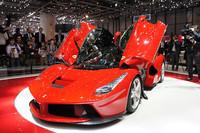 ジュネーブショーにて世界初公開された、499台限定のスペシャルモデル「ラ フェラーリ」