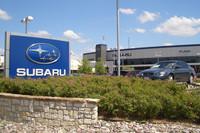 (リポート中の写真すべて)1ドル・インプレッサの「Subaru of Plano」にて。