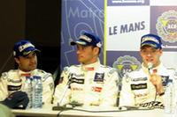 (写真左から)ラミー、サラザン、ブルデー。記者会見にのぞむ、No.8プジョーの3人。