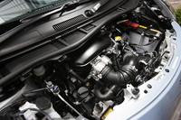 エンジンは1.3リッター直4のみの設定で、トランスミッションは6段MTとCVTが用意される。