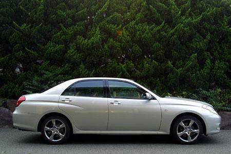 トヨタ・ヴェロッサVR25(5MT)【ブリーフテスト】