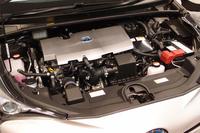 パワーユニットは、1.8リッター直4エンジンに電気モーターが組み合わされる。