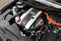 ハイブリッドシステムは、「レクサスIS300h」や「トヨタ・クラウンハイブリッド」と同じものが採用されている。