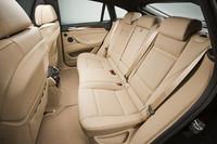 「BMW X6」の乗車定員が5名に変更