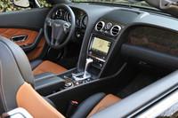 ベントレー・コンチネンタルGT V8/GTC V8(4WD/8AT)【海外試乗記】の画像