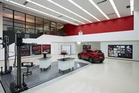 デザインモデリングスタジオには「越 KOERU」のクレイモデルとデザインスケッチが飾られていた。
