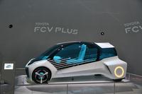 燃料電池自動車コンセプト「FCVプラス」。