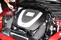 連続可変式カムシャフト、2ステージインテークマニフォールドなどを採用した、新型3.5リッターV6エンジン。