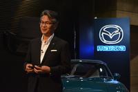 ロータリーエンジンの開発者としてその歴史を知る山本修弘氏が、プレスカンファレンスに臨んだ。