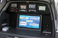 マイクロソフトのデモカー。Windows Automotive採用のカーナビを展示。アルパインはアメリカ仕様のみWindows Automotiveのようだ。