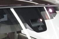 新型「アルトラパン」では、赤外線レーザー方式の予防安全装備が全車に搭載される。