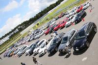 会場には「ゴルフGTI」など約240台のフォルクスワーゲン車が集合。関東だけでなく、関西や北陸など、遠方からの参加するオーナーも。