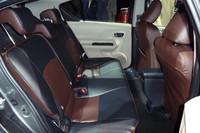 トヨタ、新型ハイブリッド車「アクア」を発売の画像
