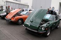 まずは屋外展示場の「240Z」。写真左の1973年型はワンオーナー車で、価格は2万2000ユーロ(邦貨にして257万4000円。以下、価格は1ユーロ117円で換算)。右の1971年型はフルレストア済みで6万ユーロ(702万円)。