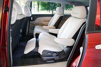スーパーリラックスシートは、オートライトシステム、レインセンサーワイパーとのパッケージオプション(ユーティリティパッケージ)で4万7250円。