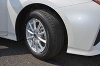午後の試乗会に用意されていた「トヨタ・プリウス」には、セダン・クーペ用の「プレイズPX」が装着されていた。