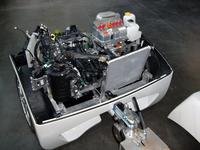 「EPテンダー」の内部。ジェネレーターを駆動するのは、「タタ・ナノ」の直列2気筒600ccエンジン。