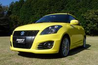 新型「スズキ・スイフトスポーツ」。2011年12月にMT車が、2012年1月にCVT車が発売される。