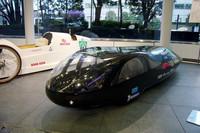 エコランの参加車両。過去30年間の大会を通じて燃費の記録が10倍近くに伸びるなど、現実的な成果も得られている。