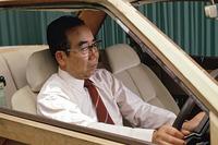 長年にわたり「スカイライン」の開発に携わった桜井眞一郎。写真は1981年のもの。