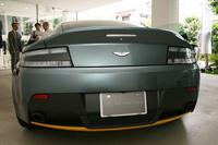 展示車両のボディーカラーは「アローログリーン」。オプションの「クラブスポーツ・グラフィック・パック」が選択されており、ボディーの各所にイエローの差し色が入る。