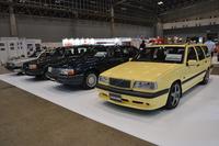 こちらは「クラシック・ガレージ」の出展車両。1995年式「850 T5-Rエステート」(写真手前)を含む3台が出店された。