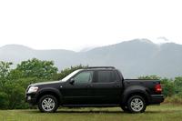 フォード・エクスプローラー・スポーツトラック XLT(4WD/5AT)【試乗記】の画像