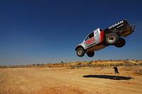 どこまでも青い空に向かって、飛んだ……。「フロンティア」のCORRマシン。