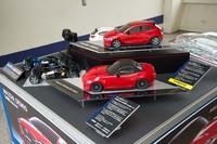 会場には「ロードスター」と「デミオ」のラジコンが用意されており、「オートテスト」と同じコースを走らせることができた。