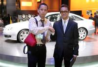向かって右が、デザイナーの和田智さん。アウディデザインのシニアデザイナーとして、「アバンティッシモ」や「パイクスピーク クワトロ」など、新しいデザインの提案を行う。新型A6は、和田氏が手がけた初の量産車。